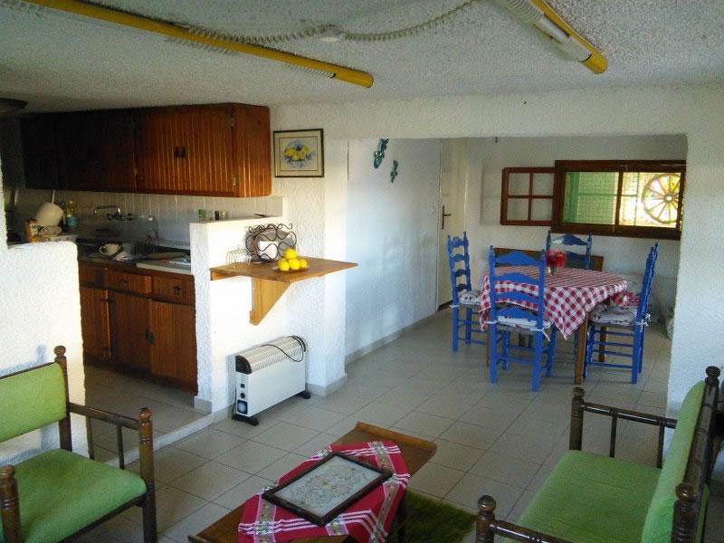 Downstairs-living-area.jpg