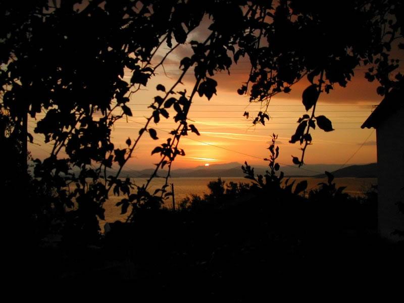 Sunset-from-the-garden.jpg